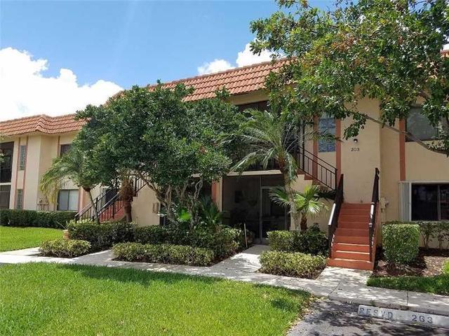379 Lakeview Dr #103, Weston, FL 33326