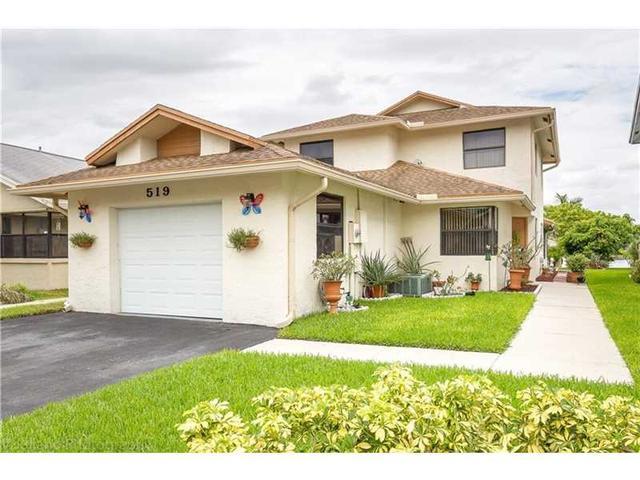 519 Lakeside Cr Fort Lauderdale, FL 33326
