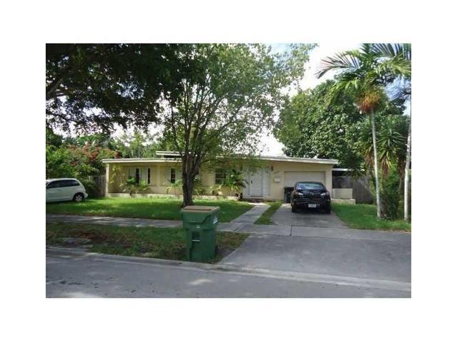 12630 Ixora Rd, North Miami, FL 33181