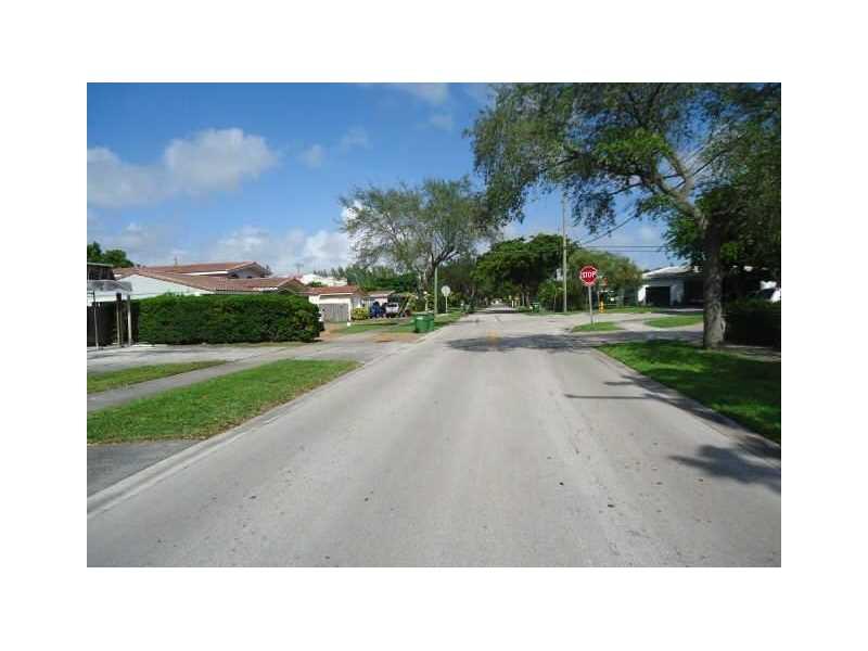 12630 Ixora Road, North Miami, FL 33181