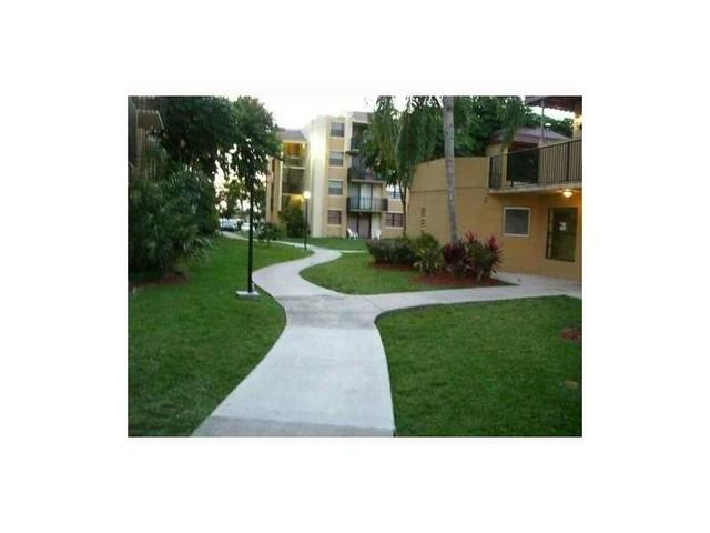 3610 SW 114th Ave #4-105 Miami, FL 33165