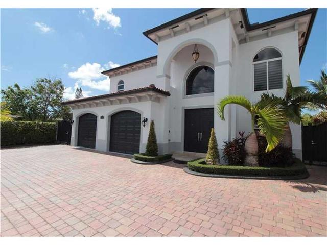 9730 SW 34th St Miami, FL 33165