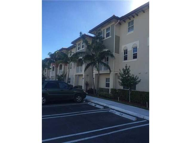8900 NW 97th Ave #212, Doral, FL 33178