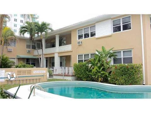 7909 East Dr #104, North Bay Village, FL 33141