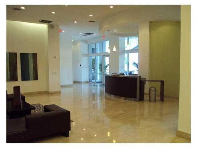 1 Glen Royal Pkwy #810, Miami, FL 33125