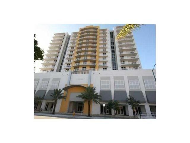 900 SW 8th St #1007, Miami, FL 33130