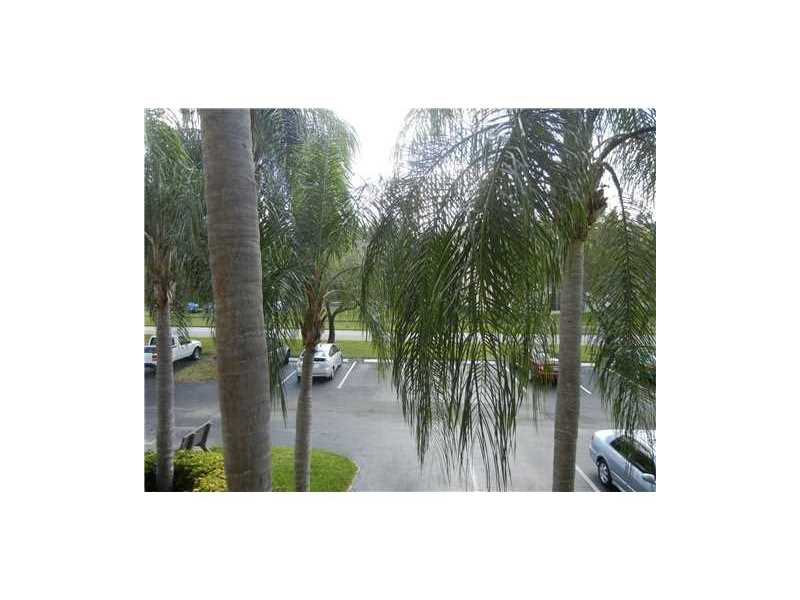 1110 SW 125th Avenue #208M, Pembroke Pines, FL 33027