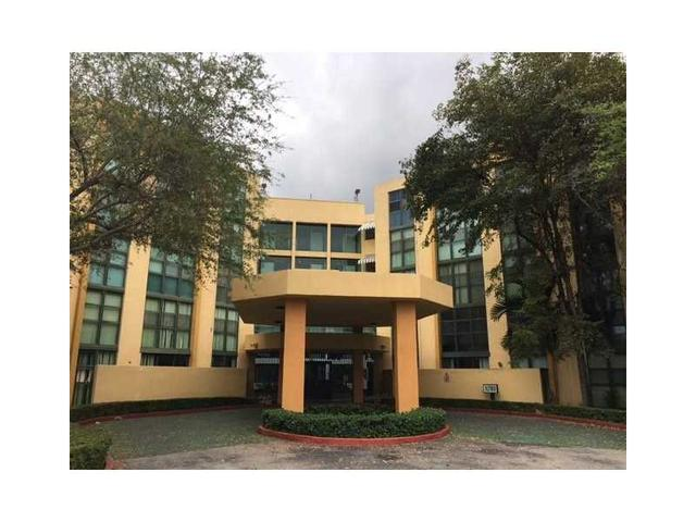 11780 SW 18th St #318-2 Miami, FL 33175