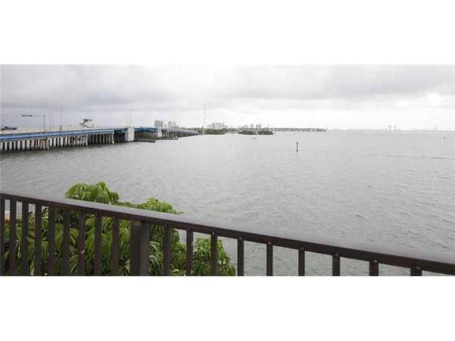 7845 NE Bayshore Ct #18, Miami, FL 33138