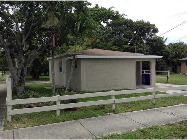 701 NW 16th Ave Pompano Beach, FL 33069