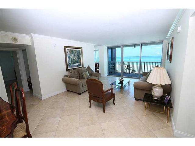 2655 Collins Ave #911, Miami Beach, FL 33140