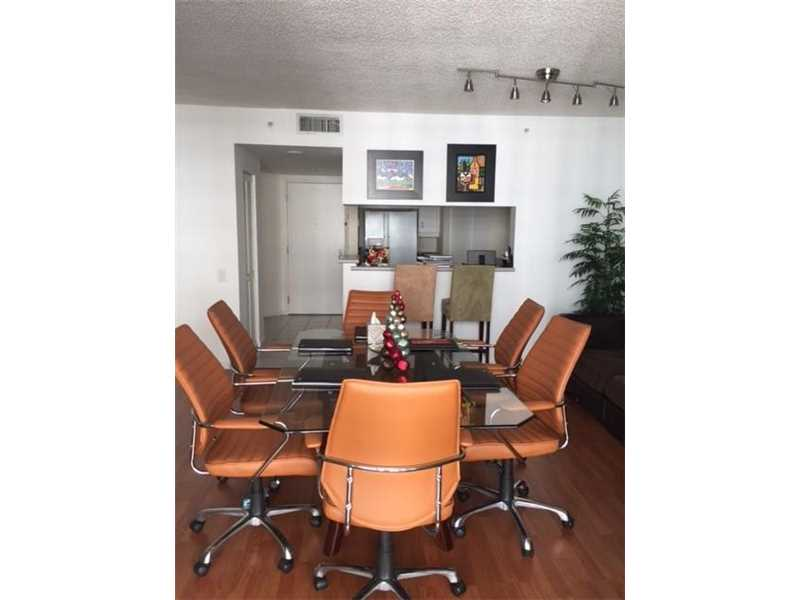 701 Brickell Key Bl #1808, Miami, FL 33131