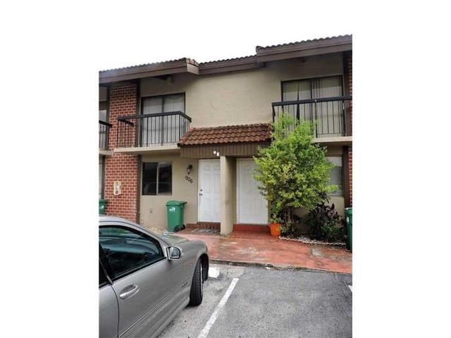 1909 SW 107 Ave #905 Miami, FL 33165