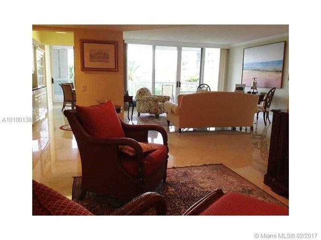 21055 Yacht Club Dr #503, Aventura, FL 33180