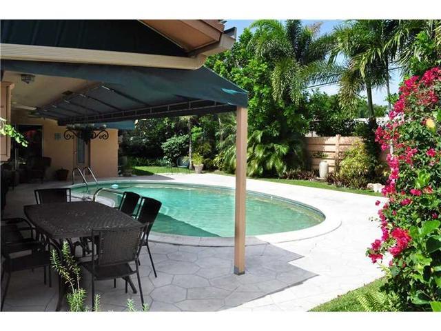 NE  Ter, Fort Lauderdale FL