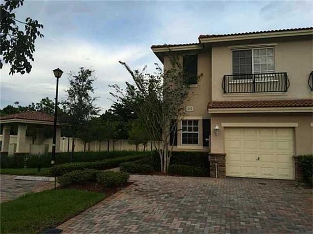 202 Las Brisas Cir #202, Sunrise, FL 33326