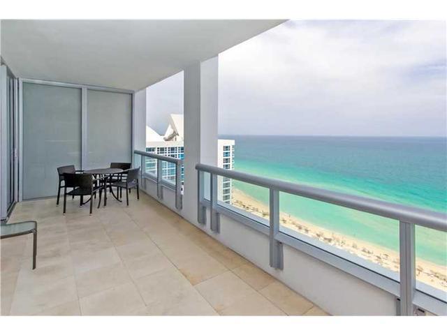6799 Collins Ave #1705, Miami Beach, FL 33141