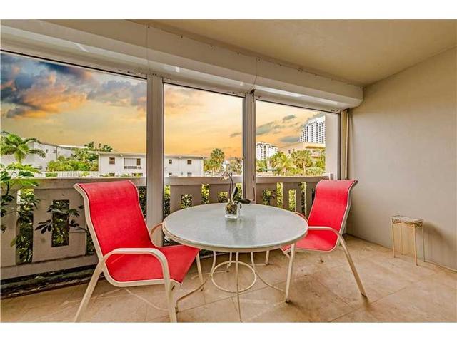 711 N Birch Rd #101, Fort Lauderdale, FL 33304