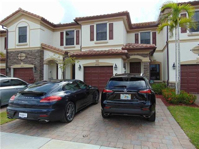 8932 W 34th Ct #8932 Hialeah Gardens, FL 33018