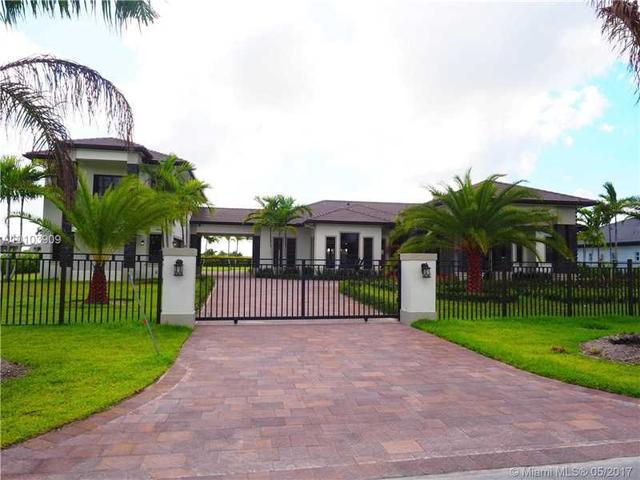 13202 NW 102 Ave, Hialeah Gardens, FL 33018