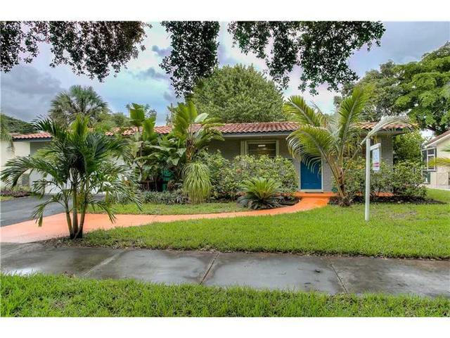 14007 Lake George Ct Hialeah, FL 33014