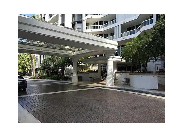 21205 NE 37th Ave #2104 Miami, FL 33147