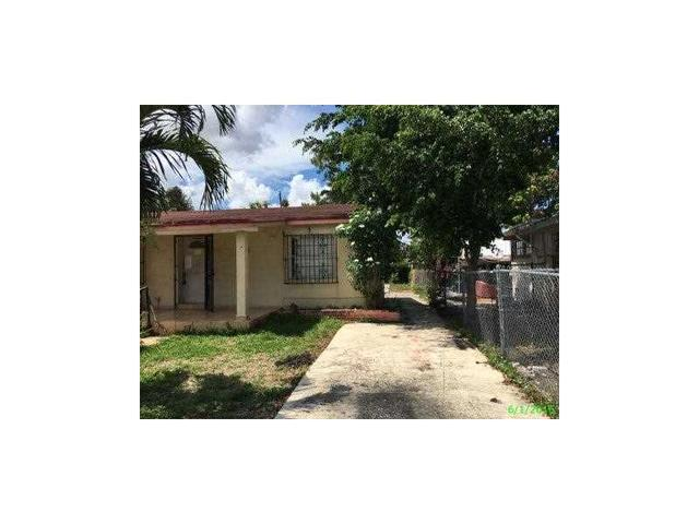 3227 NW 100th St Miami, FL 33147