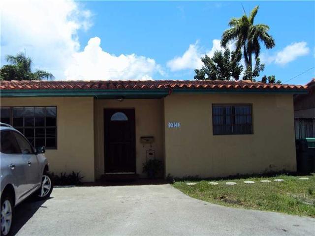 9421 SW 62nd St, Miami, FL 33173