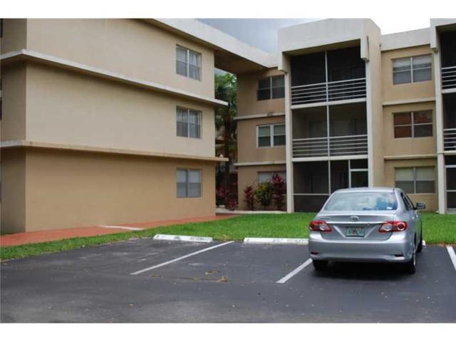 4255 N University Dr #309 Lauderhill, FL 33351