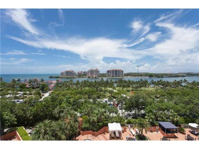 400 S Pointe Dr #707 Miami Beach, FL 33139