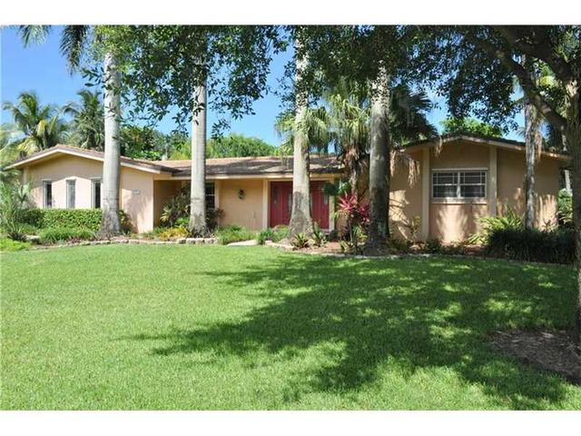 15375 SW 72nd Ct, Palmetto Bay, FL 33157