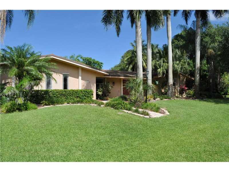 15375 SW 72nd Court, Palmetto Bay, FL 33157
