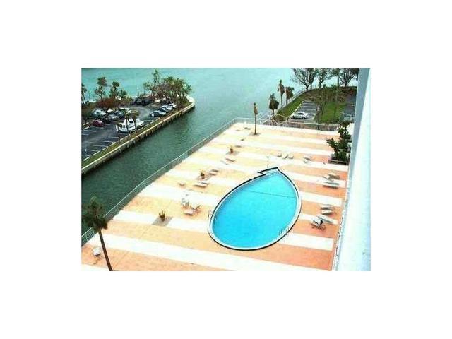 400 Kings Point Dr #415, Sunny Isles Beach, FL 33160
