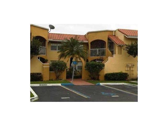 15655 SW 74th Circle Dr #6-6, Miami, FL 33193