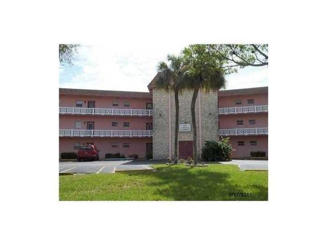 5041 W Oakland Park Blvd #109, Lauderdale Lakes, FL 33313