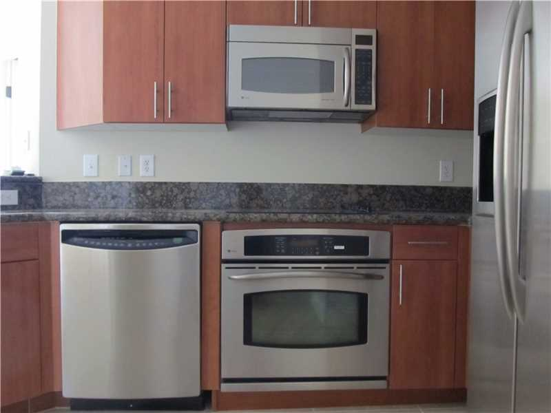 16101 Emerald Estates #458, Weston, FL 33331