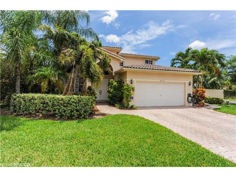 4633 NW 94th Place, Doral, FL 33178