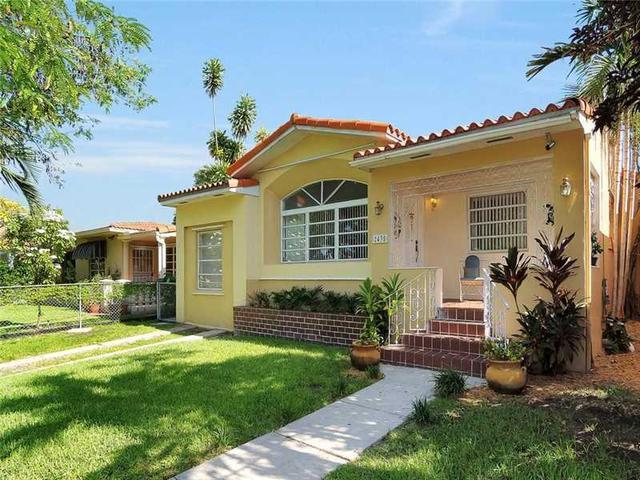 2435 SW 23rd St, Miami, FL 33145