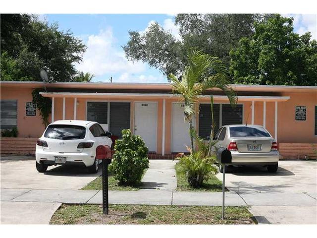 2360 NW 98th St, Miami, FL 33147