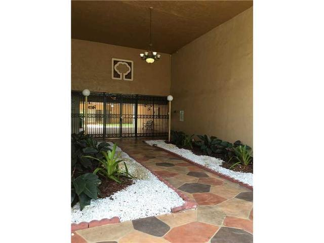 4848 NW 24th Ct #202, Lauderdale Lakes, FL 33313