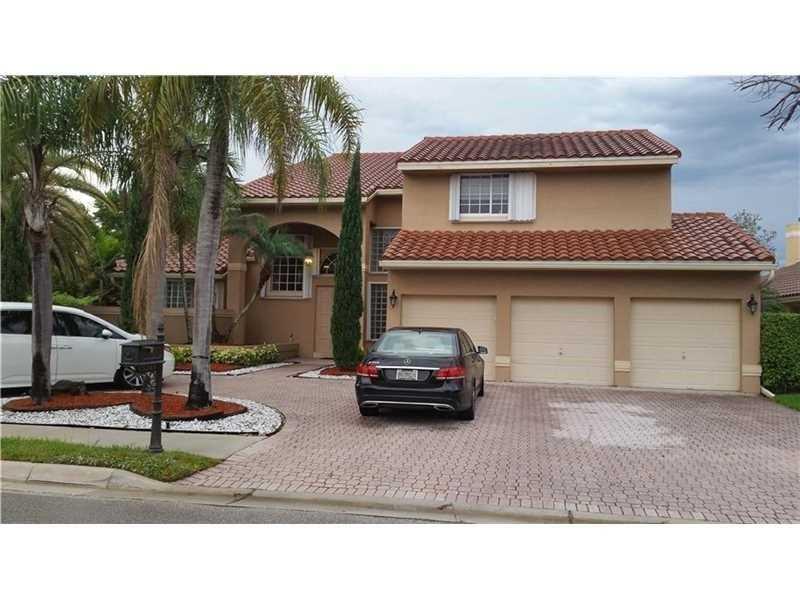 15241 N Laurel Lane, Pembroke Pines, FL 33027