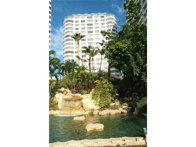 825 Brickell Bay Dr #442, Miami, FL 33131