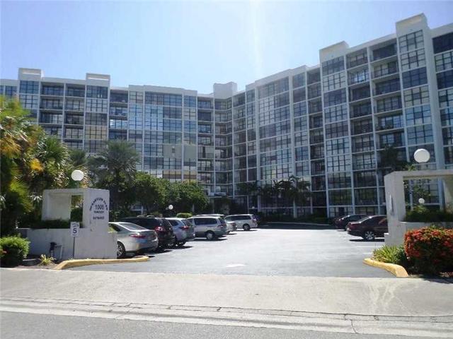 1000 Parkview Dr #103, Hallandale, FL 33009