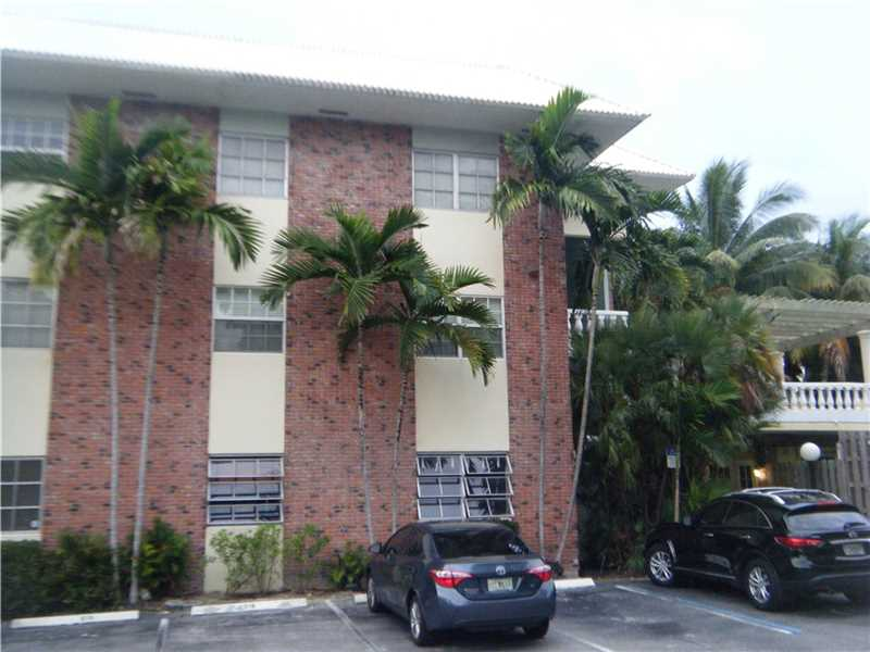 2426 SE 17th Street #102A, Fort Lauderdale, FL 33316