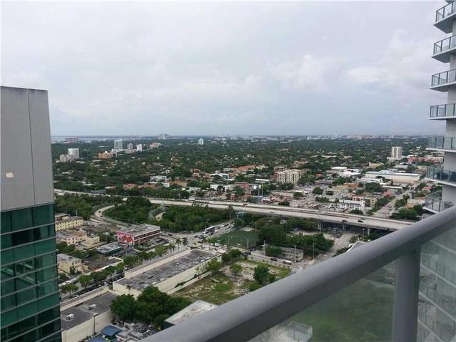 185 SW 7th St #3010, Miami, FL 33130