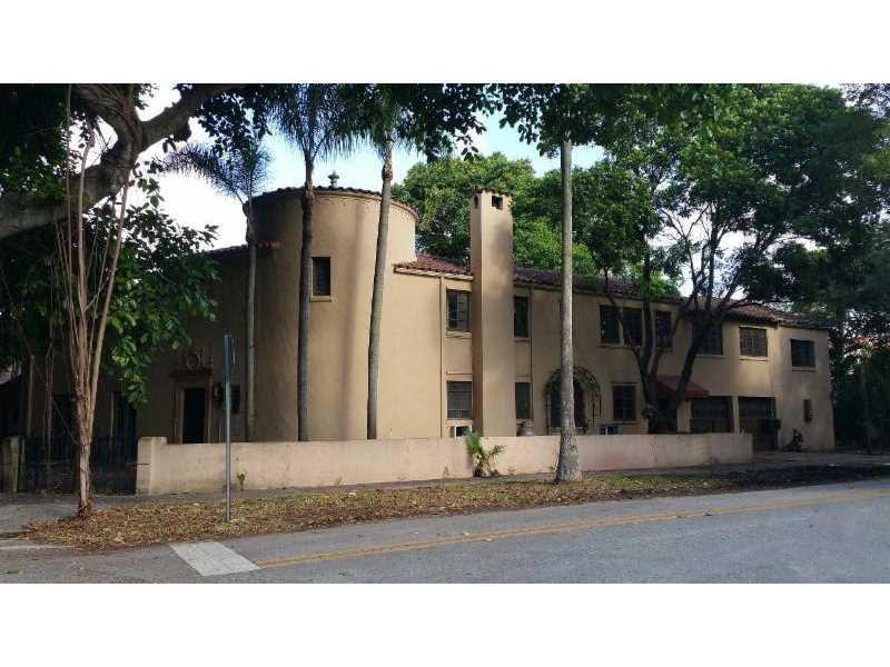 711 University Drive, Coral Gables, FL 33134