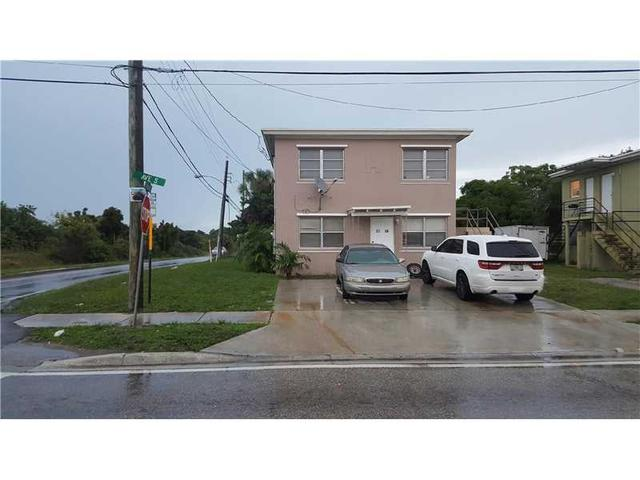 3740 Avenue S, Riviera Beach, FL 33404