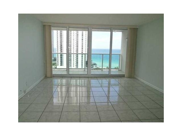 100 Bayview Dr #1812, Sunny Isles Beach, FL 33160