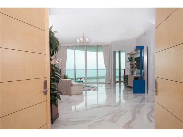 16051 Collins Ave #1601, Sunny Isles Beach, FL 33160