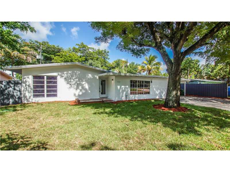 2732 NE 10th Terrace, Wilton Manors, FL 33334